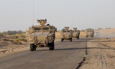 بعد تعزيزات عسكرية.. شاحنات سعودية تصل المهرة