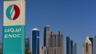 دبي تخزن وقود الطائرات استباقا لبدء عقوبات إيران