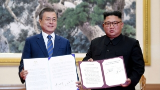 بيونغ يانغ توافق على تفكيك منشآت نووية