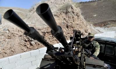 المعارضة تستكمل سحب أسلحتها الثقيلة من إدلب