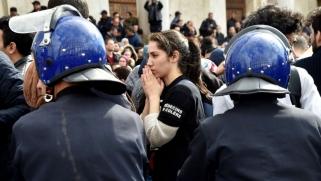 النخب الجزائرية قلقة من تراجع واقع حريات التعبير