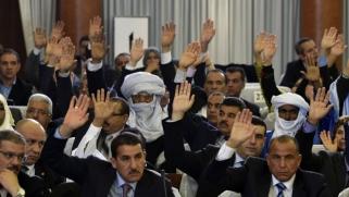 هل تمهد أزمة البرلمان الجزائري الطريق إلى حله