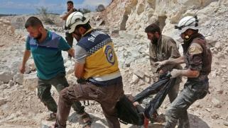 """بقاء """"الخوذ البيضاء"""" في إدلب يزعج روسيا"""