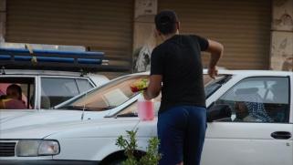 التسول المقنّع بشوارع بغداد.. كيف ولماذا ينتشر؟
