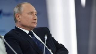 بوتين يلقي مسؤولية إخراج إيران من سوريا على الأسد