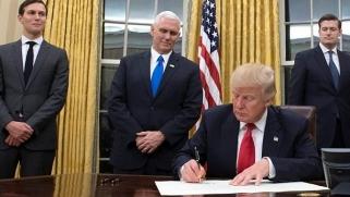 لماذا يريد ترامب تصفية القضية الفلسطينية ؟