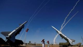 إس-300 الروسية أخيرا بيد الأسد