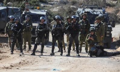 الاحتلال يعتقل 19 فلسطينيا في الضفة
