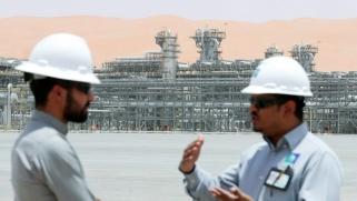 الرياض تعيد رسم خارطة أسواق النفط قبل اجتماع أوبك