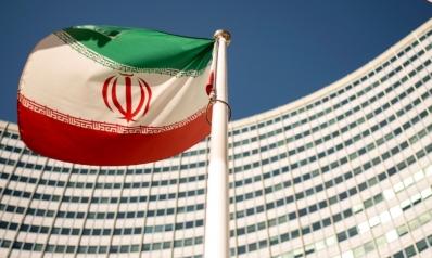 بولتون يهدد بـ «عصر» إيران