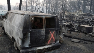 تسونامي من لهب.. حريق كاليفورنيا كما ترويه ناشيونال جيوغرافيك