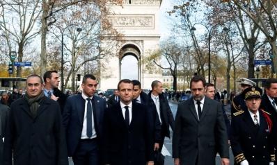 باريس تبحث فرض الطوارئ بعد تمرد شعبي هز العاصمة