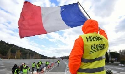 """أصابع روسية خفية تدير حركة """"السترات الصفراء"""" في فرنسا"""