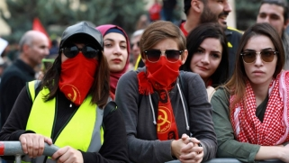 أزمة تشكيل الحكومة تفاقم غضب اللبنانيين على الطبقة السياسية الحاكمة