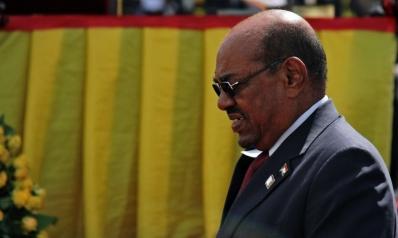هاجس الانقلاب يدفع البشير إلى نشر الجيش في الخرطوم