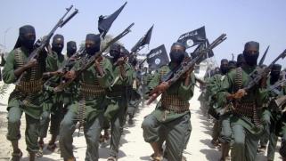 """""""الشباب"""" لم تعد خطيرة.. واشنطن تخطط لتقليص وجودها العسكري بالصومال"""