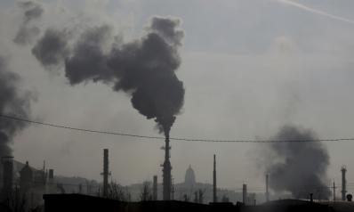 العراق ملتزم باتفاق «أوبك+» وقطر تخفض أسعار نفطها الخام