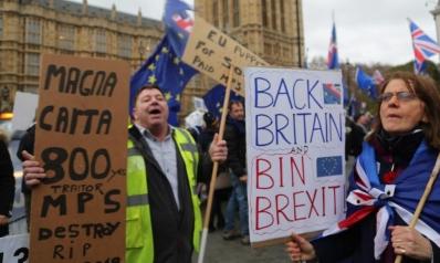 بريطانيا والبريكست.. ما السيناريوهات المتوقعة في ظل الانقسام؟
