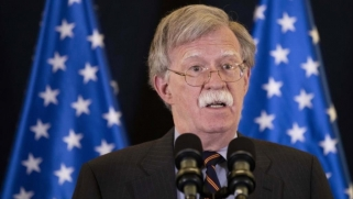بولتون يرهن الانسحاب من سوريا بحماية الأكراد ويطالب تركيا بالتنسيق