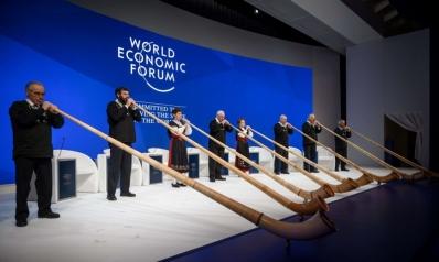 هالة العولمة تفقد وهجها في دافوس