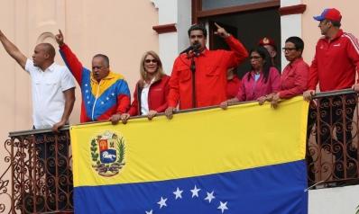 انقسام دولي بشأن الأزمة في فنزويلا