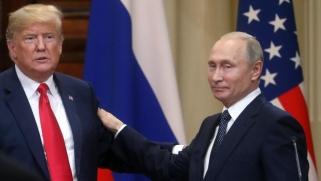 قيادي ديمقراطي: ترامب سعى لصفقة بروسيا وإلغاء عقوبات لصالحها