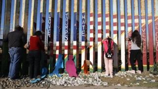 مليار دولار من البنتاغون لبناء جدار ترامب الحدودي