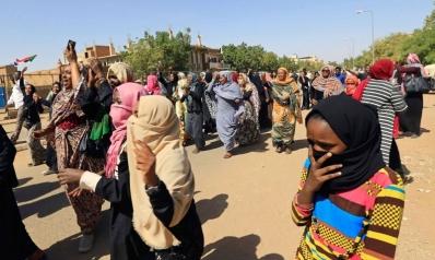 تسع سودانيات أمام أحكام بالجلد والسجن بعد مشاركتهن في الاحتجاجات