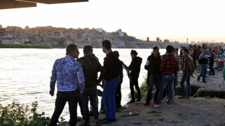 البرلمان العراقي يبحث إقالة محافظ نينوى بعد كارثة العبارة