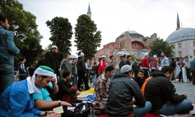 أردوغان يتعهد بتحويل آيا صوفيا إلى مسجد