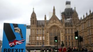 بريكست باتفاق أو بدونه: بريطانيا تسير نحو الأسوأ