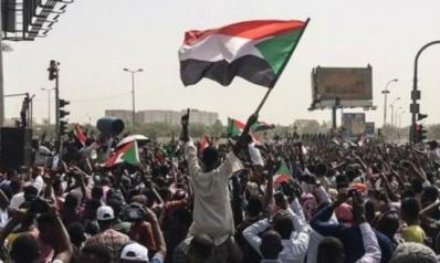 عن الاعتبار الخطأ بالتجارب الثورية: الحالة السودانية