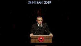 "أردوغان يهاجم فرنسا و يذكرها بـ""مجازرها في الجزائر"""