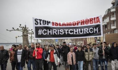 مقال بفايننشال تايمز: التحيّز ضد المسلمين يضع المجتمعات العلمانية في مأزق
