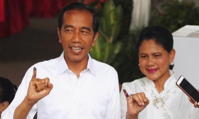 انتخابات إندونيسيا.. مؤشرات ترجح فوز الرئيس الحالي بولاية ثانية