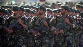 """الحرس الثوري الإيراني """"إرهابي"""".. العراق بين نارين"""
