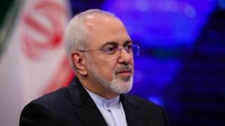 """ظريف: الجيش الإيراني هو من يقرر إغلاق مضيق """"هرمز"""""""