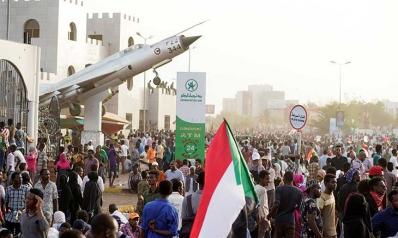 السودان: انقلاب على البشير أم على الشعب؟