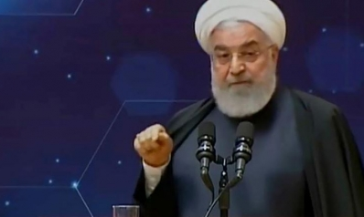 روحاني يلوح بتطوير البرنامج النووي ردا على ضغوطات واشنطن