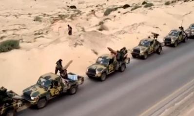 ليبيا.. حفتر يحرك قواته نحو طرابلس وحكومة الوفاق تستنفر