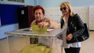 معركة إسطنبول.. قرار جديد للجنة العليا للانتخابات