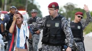 خلفت عشرات القتلى.. صراعات بين عصابات تشعل أربعة سجون بالبرازيل