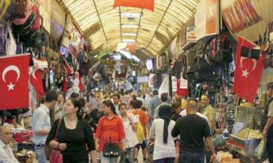 التضخم في تركيا يتراجع ببطء إلى 19.5%… والليرة بأدنى مستوى في 7 أشهر