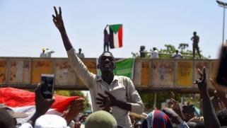 استئناف المفاوضات بين المجلس العسكري وقيادة الاحتجاجات في السودان