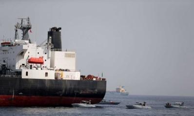 بومبيو: إيران هاجمت الناقلات لرفع أسعار النفط