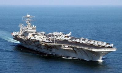 """إيران: إرسال أمريكا حاملة طائرات وقاذفات للشرق الأوسط """"حرب نفسية"""""""