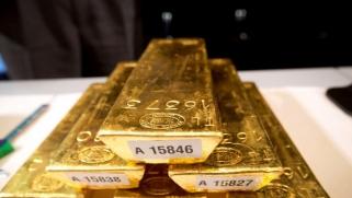 الذهب يحقق أرقاماً قياسية في صحوة لم يشهدها العالم منذ 6 أعوام