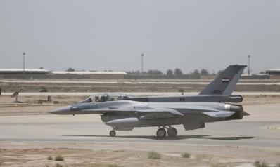 """بسبب """"تهديدات أمنية محتملة"""".. واشنطن تجلي متعاقديها في العراق"""