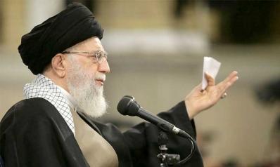 تطورات الخليج العربي: إيران بين العزلة الدولية وعمامة الزعيم الروحي