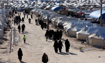 خروج مئات النساء والأطفال من مخيم الهول المخصص لعائلات تنظيم الدولة بسوريا